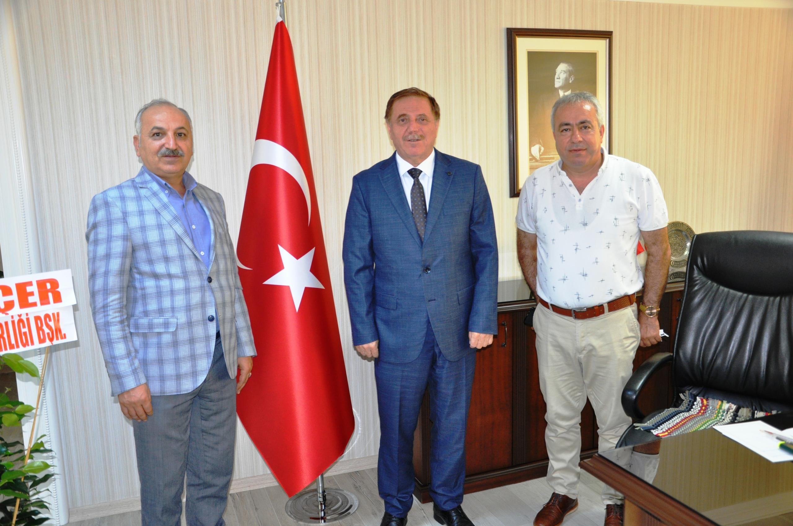 Başkan Dinçer'den Vergi Dairesi Başkanı Baysal'a hoşgeldiniz ziyareti