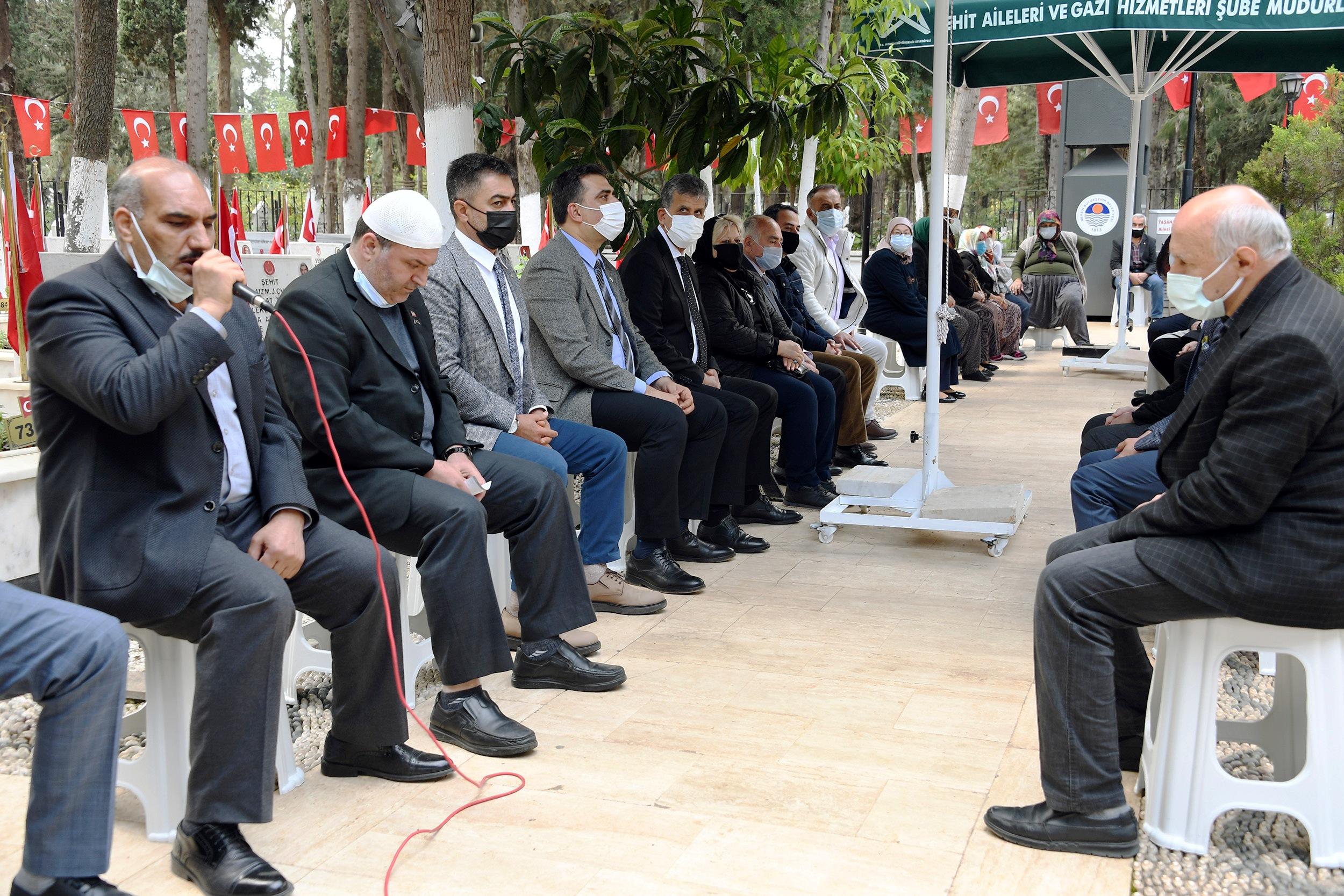 BÜYÜKŞEHİR, ŞEHİTLER HAFTASI'NDA ŞEHİTLERİ DUALARLA ANDI