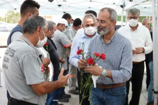 Başkan Bozdoğan belediye personeli ile bayramlaştı