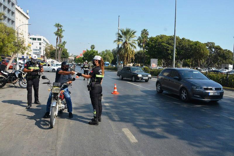 Trafik Polislerinden Motosiklet Denetimi